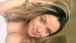 Marcela loira gaucha fazendo garganta profunda - http://kabinedasnovinhas.com