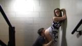 Fodendo com a crente novinha no corredor
