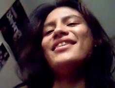 Fernanda morena tarada da buceta cabeluda sentando no pau